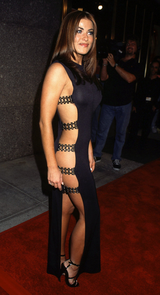 Carmen Electra at the Radio City Music Hall for the 1997 MTV Video Music Awards, NYC. 09/04/1997